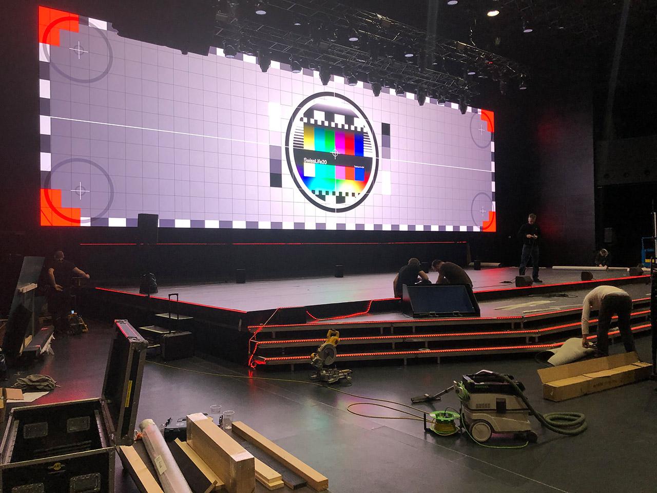 Bühnenbau Akzentbeleuchtung Bühnensilhouette